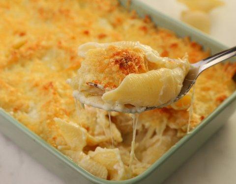 Κοχύλια με τέσσερα τυριά στο φούρνο - Images