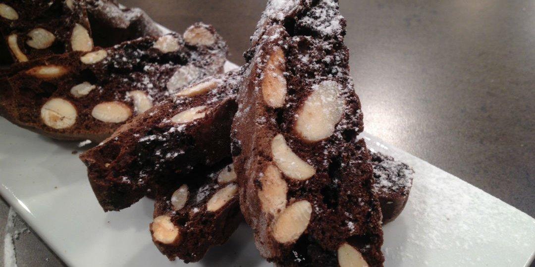 Biscotti σοκολάτας με αμύγδαλα - Images