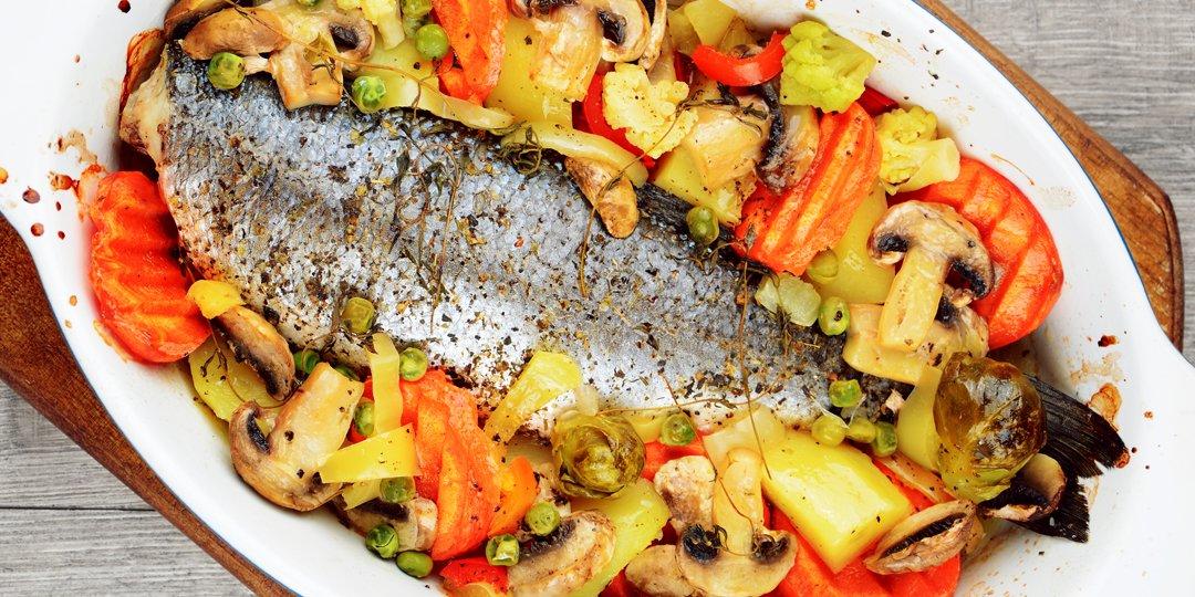 Λαβράκι ψητό στο φούρνο με λαχανικά και μυρωδικά - Images