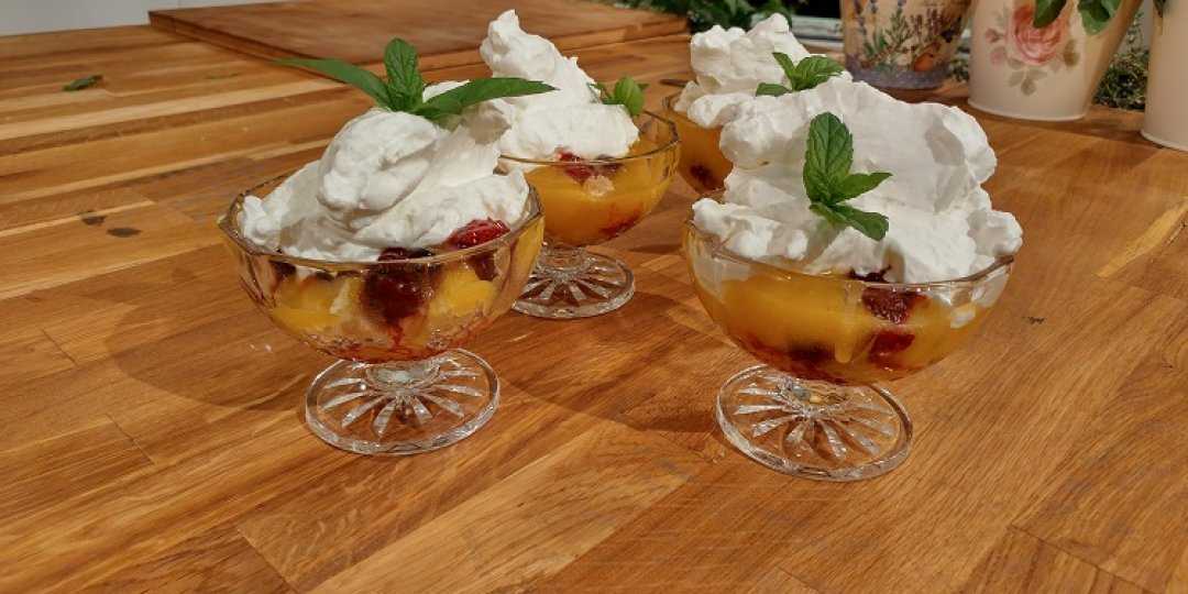 Lemon and berries triffle - Images