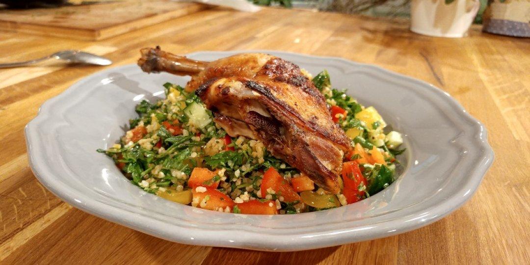 Κοτόπουλο με ταμπούλε - Images