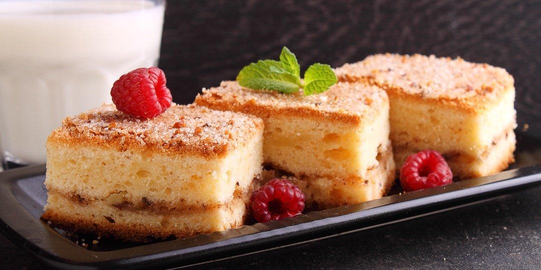 Κέικ με κανέλα και καρύδια - Images