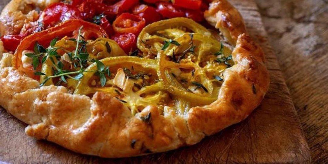 Μεσογειακή galette με φέτα, ντομάτες και θυμάρι - Images