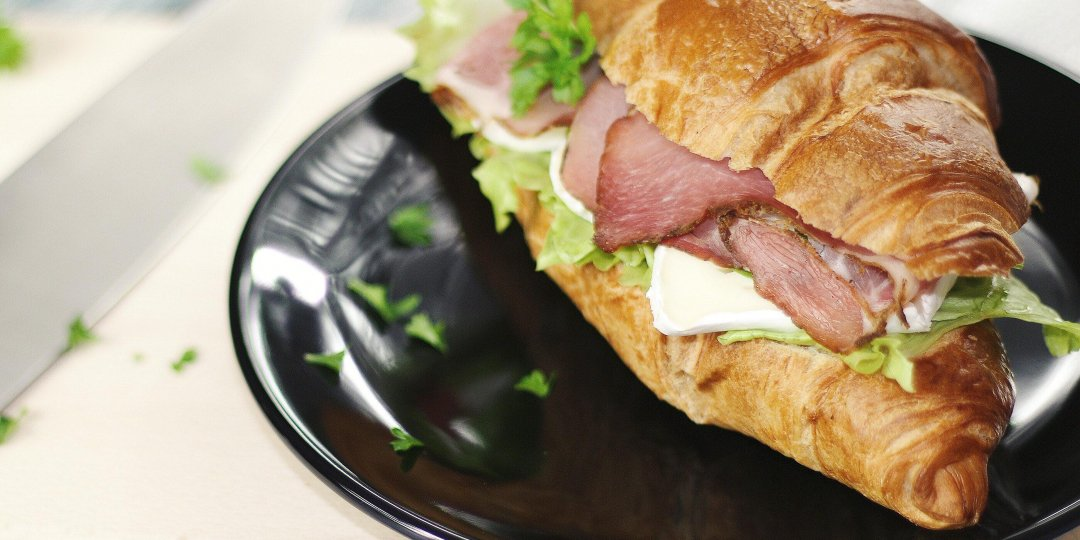 Μάθε πώς θα μειώσεις τις θερμίδες από τα σάντουιτς σου - Κεντρική Εικόνα