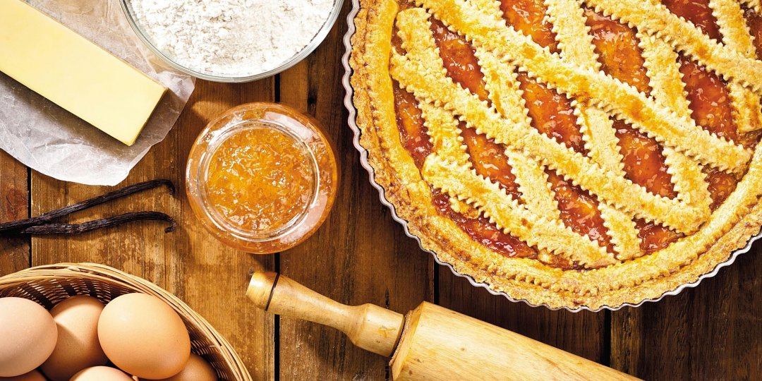 Πίτα με καρύδια και μαρμελάδα Stute Ροδάκινο - Images