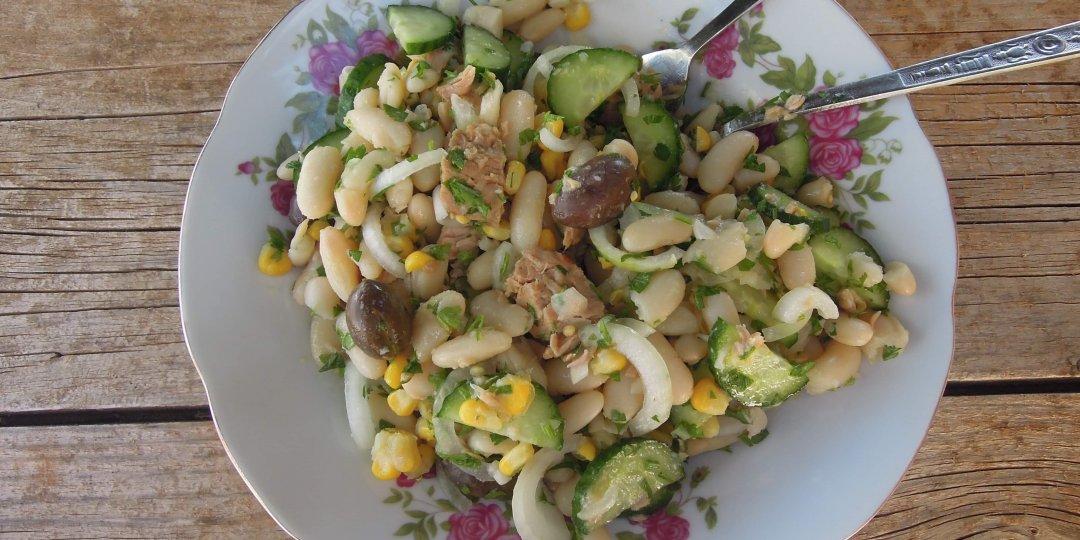 Σαλάτα με φασόλια και τόνο - Images