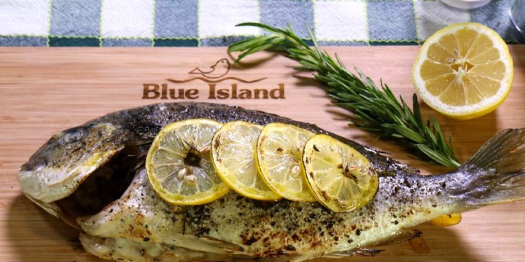 Τσιπούρα Blue Island με δεντρολίβανο - Images