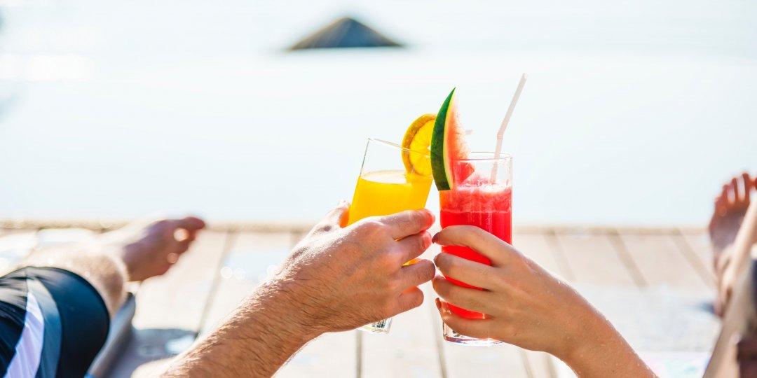 Υγιεινά και εύκολα σνακ: Ιδανική παρέα για την παραλία - Κεντρική Εικόνα