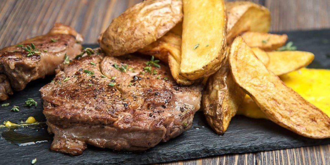 Μοσχαρίσια μπριζόλα Black Angus FOODSAVER με σως Hollandaise - Images