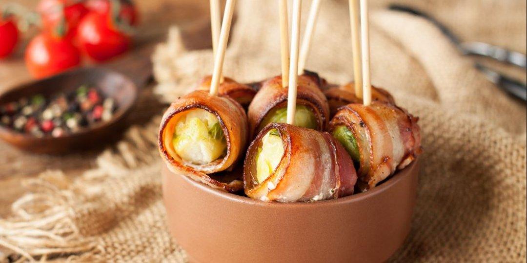 Foodsaver Λαχανάκια Βρυξελλών τυλιγμένα σε μπέικον ή προσιούττο - Images