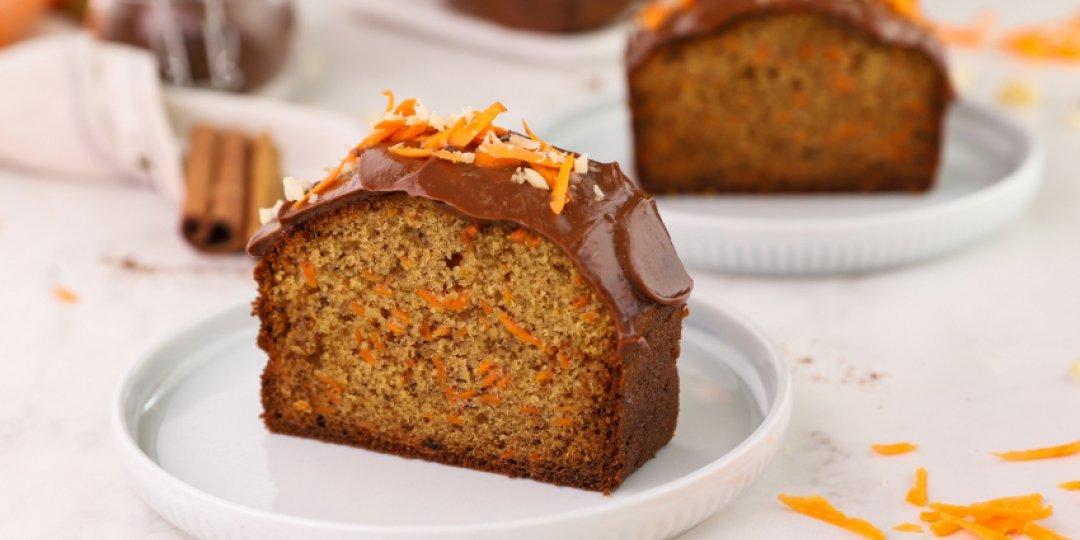 Carrot Cake με επικάλυψη πραλίνας φουντουκιού - Images