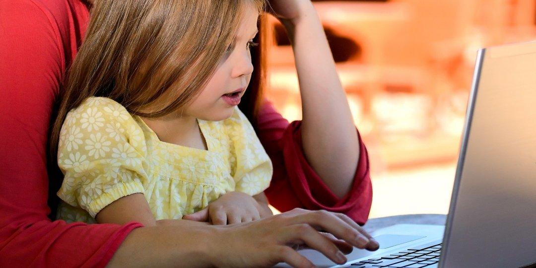 Πώς να μιλήσουμε στα παιδιά μας για τον κορωνοϊό - Κεντρική Εικόνα