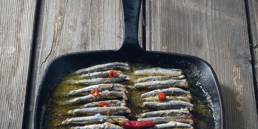 Γαύρος Blue Island στο φούρνο με βασιλικό  - Images