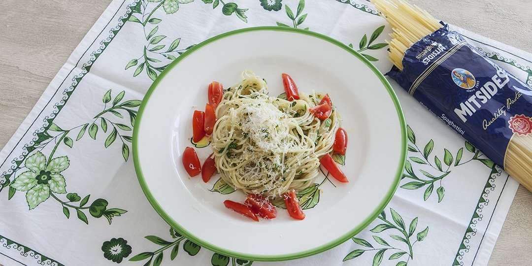 Σπαγεττίνι με φρέσκα αρωματικά βότανα και λεμόνι  - Images