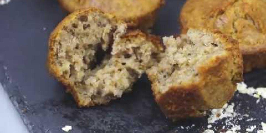 Mornflake - oat muffins with walnuts and cream cheese - Κεντρική Εικόνα
