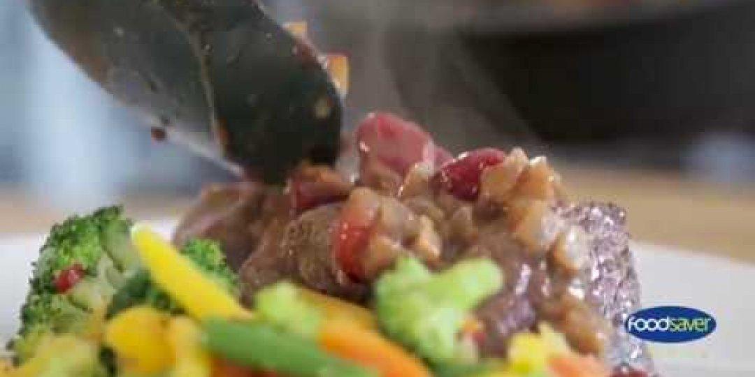 Ελάφι FOODSAVER με κράνμπερι και σάλτσα απο ουίσκι - Κεντρική Εικόνα