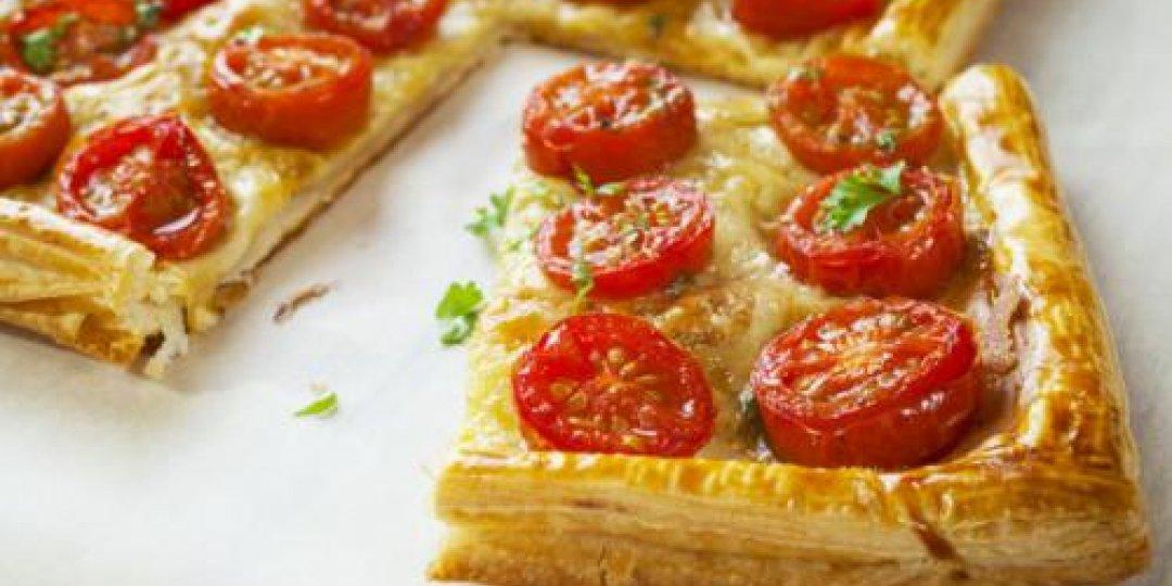 Ταρτα με τυριά και ντομάτα - Images