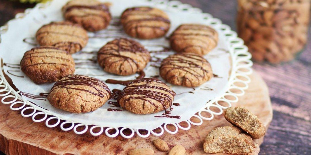 Μπισκότα αμυγδάλου με 3 υλικά - Images