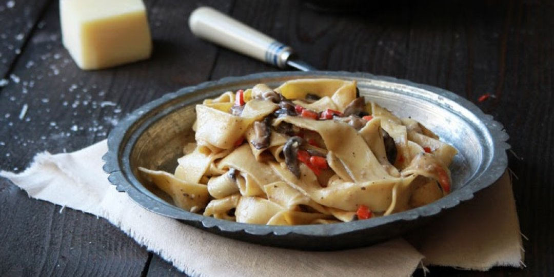 Παπαρδέλες με κατσικίσιο τυρί και μανιτάρια  - Images