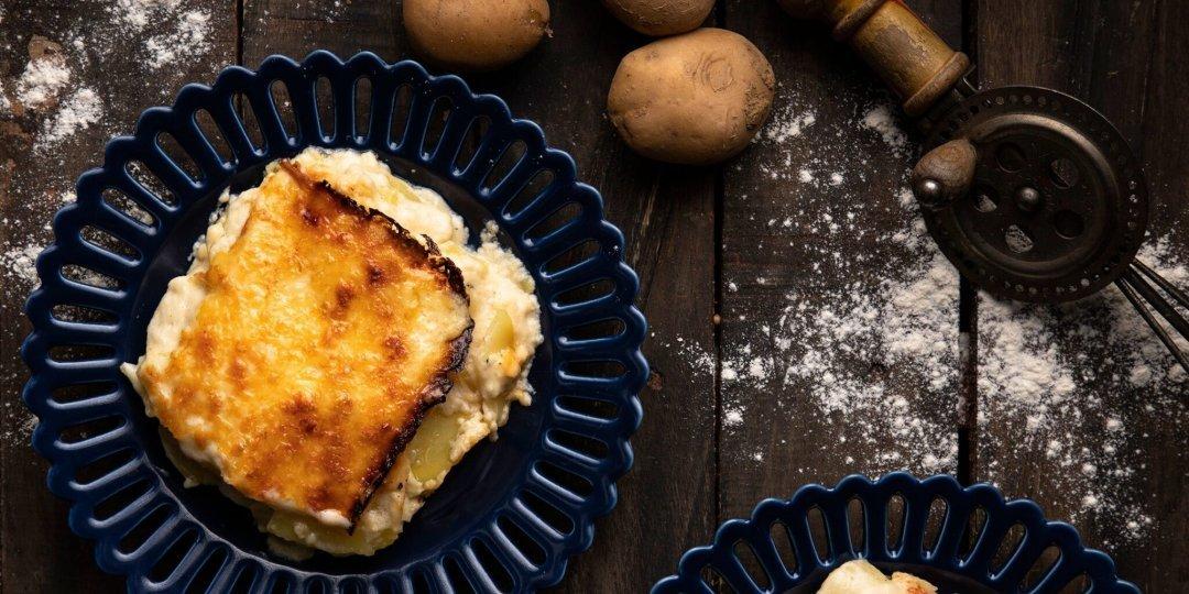 Λαχταριστές πατάτες ογκρατέν (au gratin) με τυριά - Images