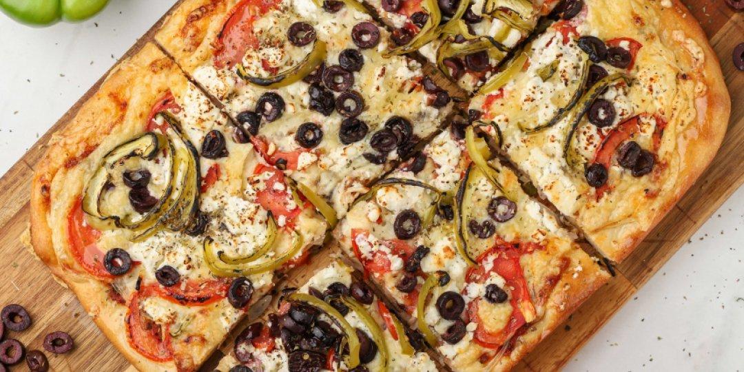 Χωριάτικη πίτσα - Images