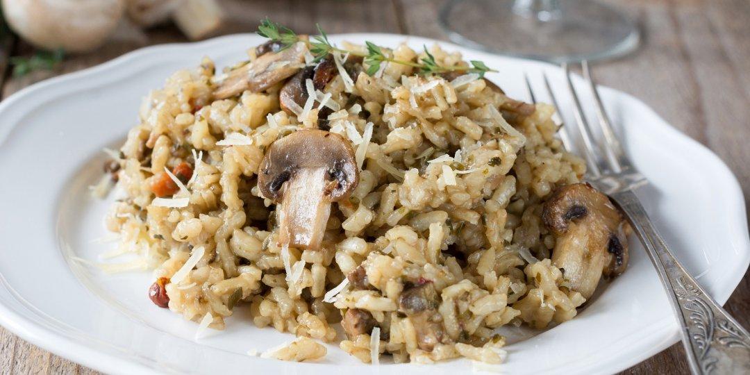 Το τέλειο ριζότο με μανιτάρια και κρέμα σπανακιού      - Images