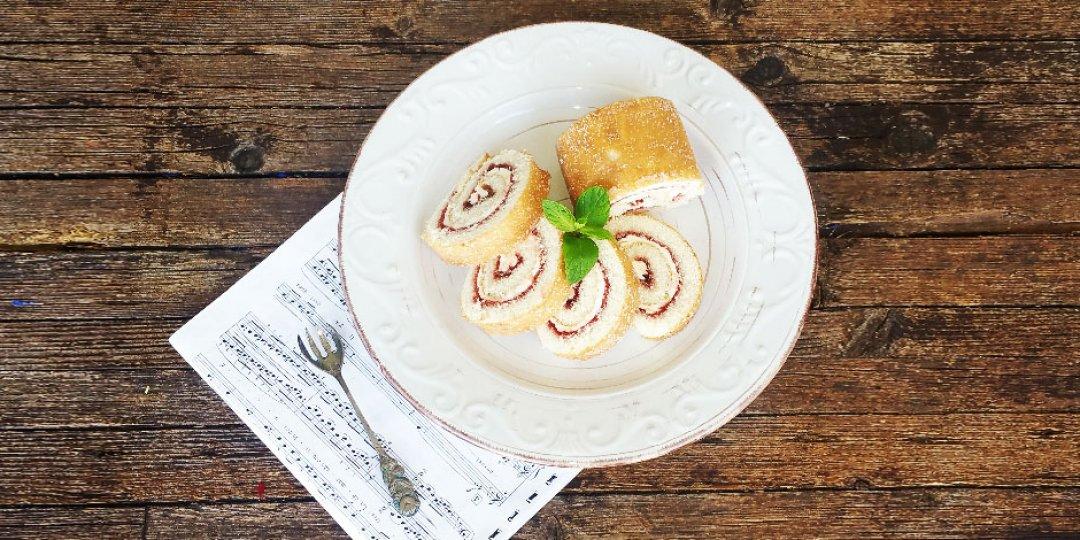Ρολό με Φράουλες και τυρί κρέμα - Images