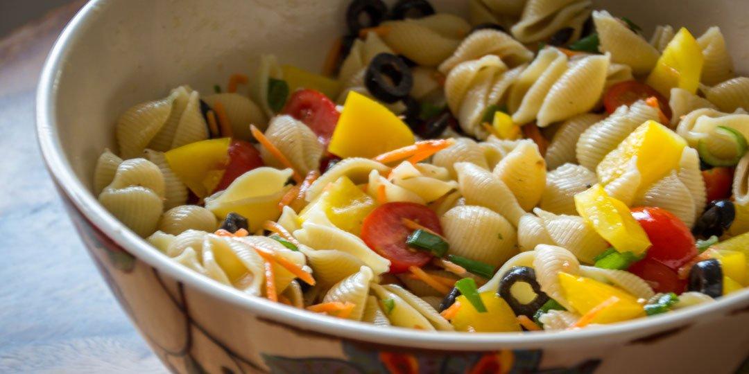 Κοχύλια με πιπεριές και αντσούγια - Images
