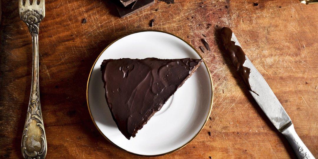 Σοκολατένιο κέικ χωρίς αβγά και γάλα  - Images