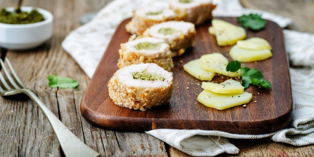 Ρολάκια κοτόπουλου με πέστο βασιλικού και τυρί - Images