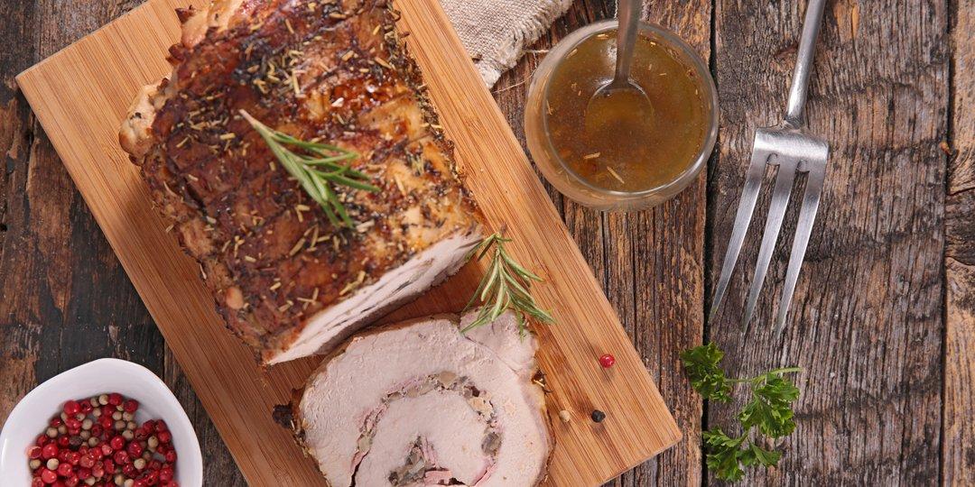 Ρολό χοιρινό γεμιστό με ξερά φρούτα και μυρωδικά - Images