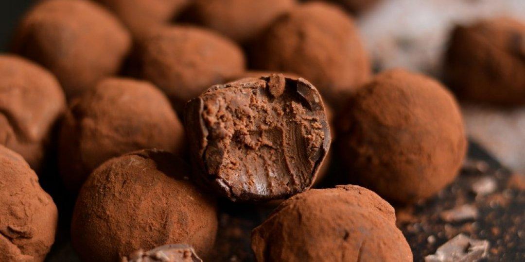 Τρουφάκια με σοκολάτα κουβερτούρα - Images