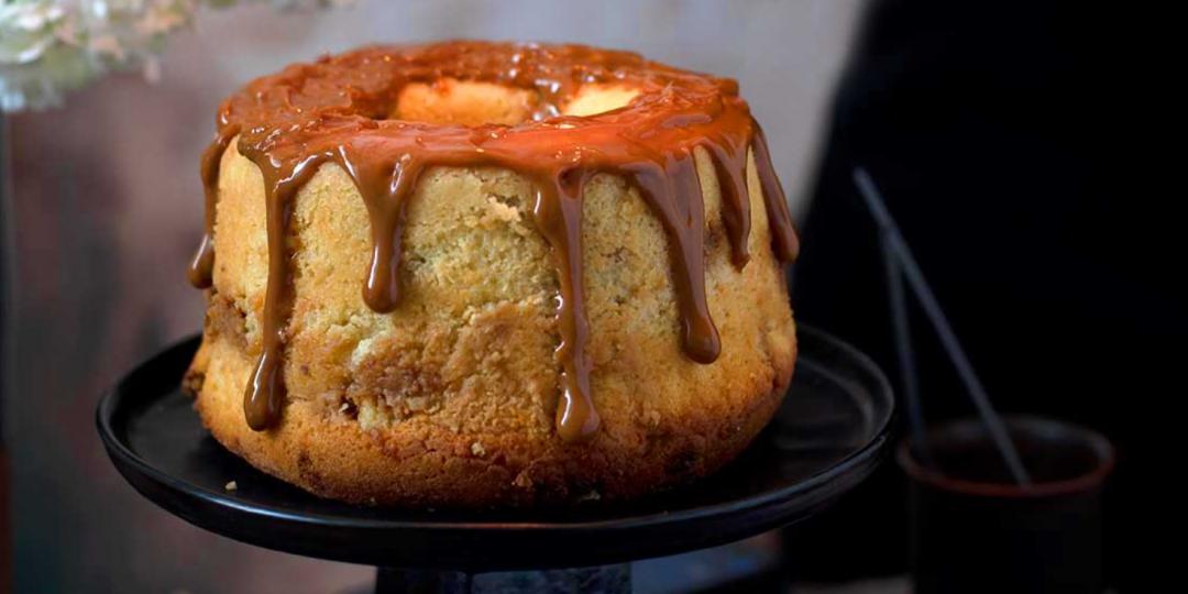 Κέικ βανίλιας με λαχταριστή καραμέλα - Images