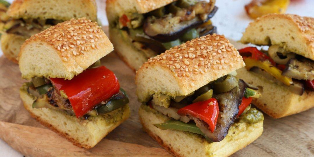 Sandwich με ψητά λαχανικά - Images