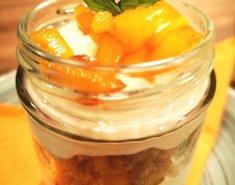 Ελαφρύ γλυκάκι με τυρί μασκαρπόνε και καραμελωμένο μάνγκο - Images