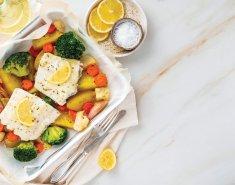 Ψάρι στο φούρνο με Κρόκο Κοζάνης και πατάτες ψητές - Images
