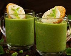 Σούπα βελουτέ με αρακά και κρέμα γάλακτος  - Images