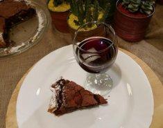 Τάρτα σοκολάτας με δαμάσκηνα και κρασί - Images
