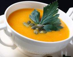 Σούπα με γλυκοπατάτα και κολοκύθα - Images