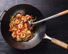 Noodles Exotic Food με γαρίδες και σάλτσα σόγιας Exotic Food - Images