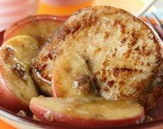 Μπριζόλες με καραμελωμένα μήλα και μέλι  - Images