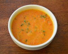 Κοτόσουπα με καρότο και ρύζι γλασέ  - Images