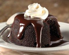 Σοκολατένιο κέικ με κρέμα Τόνκα (ή βανίλια) - Images