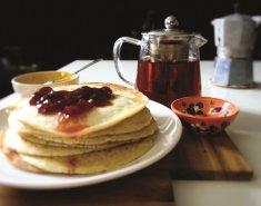 Γλυκό από κρέπες και μαρμελάδα Stute χωρίς πρόσθετη ζάχαρη σε στρώσεις - Images