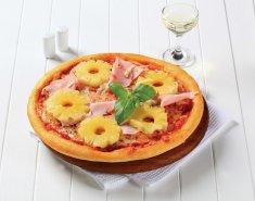 χαβανέζικη πίτσα με ανανά και ζαμπόν  - Images