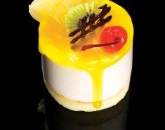 Δροσερό γλυκό με γιαούρτι, λεμόνι και ανανά del monte gold  - Images