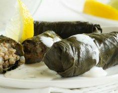 Κουπέπια με σάλτσα ούζου και θαλασσινά - Images