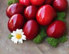 Πώς να βάψουμε τα πασχαλινά μας αυγά με φυσικό τρόπο - Κεντρική Εικόνα