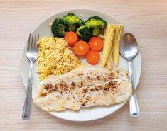 Ψάρι και ρύζι με κρόκο Κοζάνης - Images