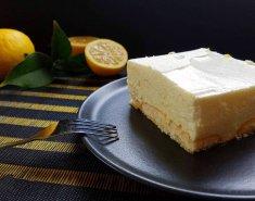 Αφράτο γλυκό λεμόνι με σαβαγιάρ - Images